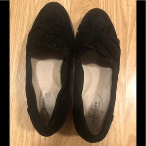 Women's Black Suede Slip On Shoes Size 6